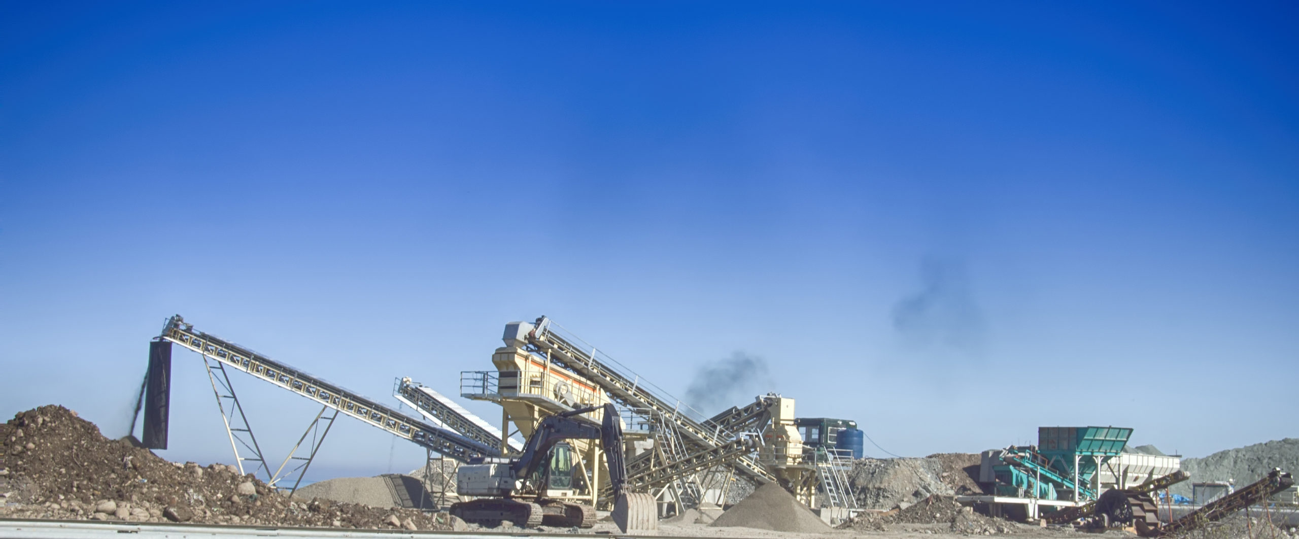 Meet Increased Demand for Aggregate Production with Fenner Dunlop's Longest Lasting Conveyor Belts